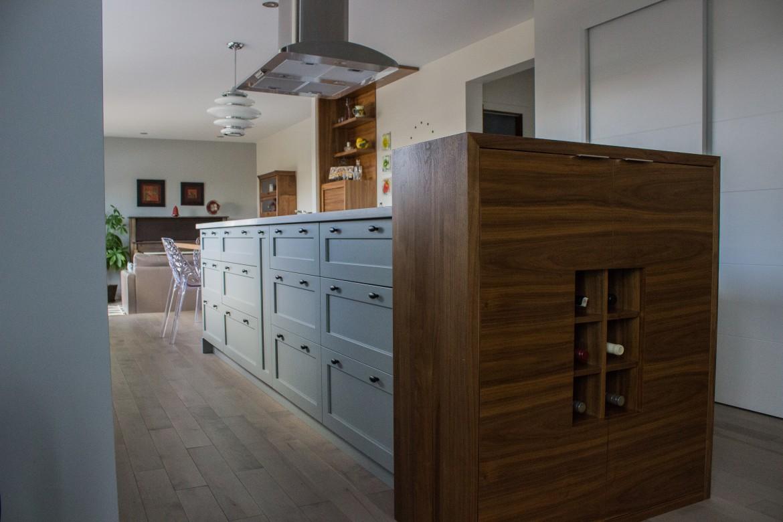 Armoires de cuisine en placage de noyer cuisines despro for Placage porte cuisine